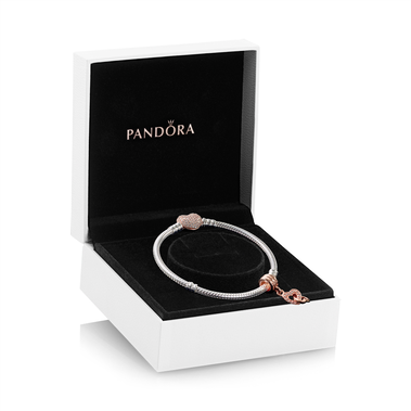 Pandora Rose Interlocked Heart Charm & Bracelet Gift Set